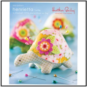 Henrietta Turtle Pincushion Pattern by Heather Bailey